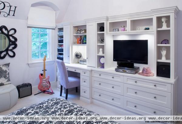 Winnetka Home Renovation - traditional - bedroom - chicago